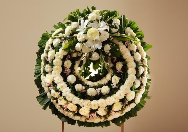 Corona Fúnebre Mediana