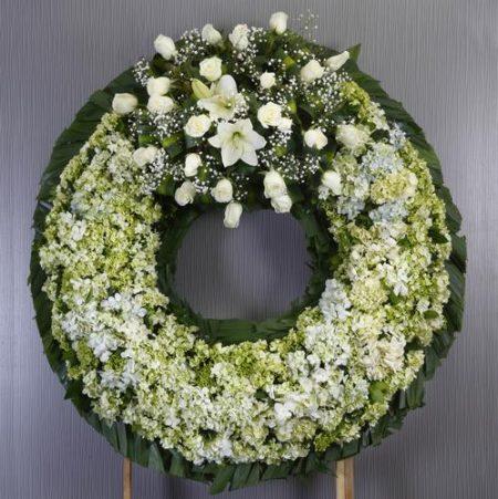 Flores a domicilio -Corona Fúnebre con Hortensias